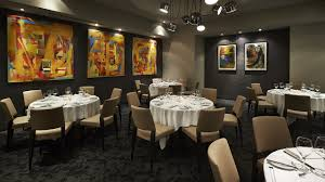 the oval room restaurant