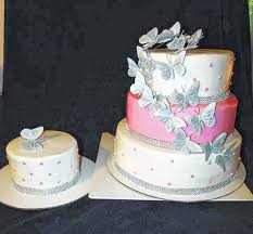 from traditional to unique u2014 wedding cakes can fit any design