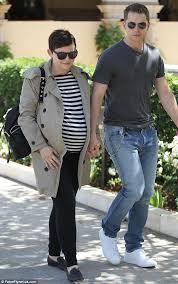 Snow White Halloween Costume Pregnant Ginnifer Goodwin Hides Baby Bump Husband Josh Dallas