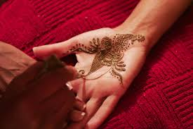 a quest to master the art of henna travel smithsonian