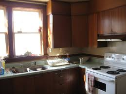 Diy Old Kitchen Cabinets Making Kitchen Cabinets Look New Roselawnlutheran
