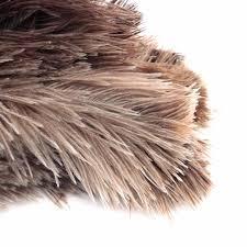 plumeau en plume d autruche fourrure grise naturelle manche en bois de brosse 20cm en plumes d