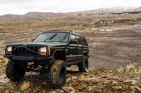 built jeep cherokee a tribute to the u201cstraight six u201d jeep u0027s legendary 4 0l