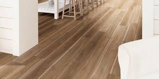 what color of vinyl plank flooring goes with honey oak cabinets vinyl flooring trends 2021