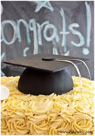 graduation cap cake topper how to make a graduation hat cake cakewhiz