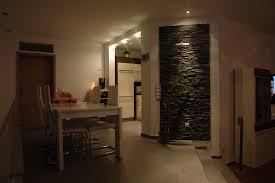 steinwand wohnzimmer platten ambiente by palazzo natursteinwand das bautagebuch der familie