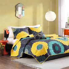 Navy And Yellow Bedding Yellow U0026 Navy Blue Floral Daisy Bedding Twin Xl Full Queen Quilt Set