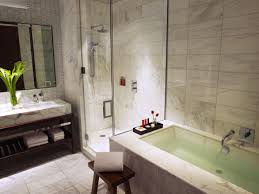 a peek into hotel bathrooms five star alliance