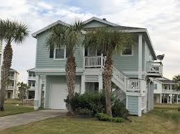 Small Beach House On Stilts Pointe West Galveston Beach House Pet Homeaway Galveston