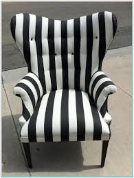 Black And White Striped Accent Chair Black And White Striped Accent Chair Torahenfamilia Reasons