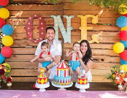 Circus Birthday Decorations Animal Circus First Birthday Party Birthdays Animal And Circus