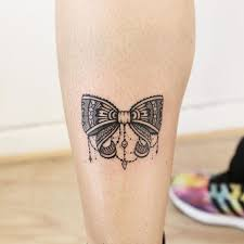 bow tie tattoo on back of legs meaning 1000 geometric tattoos ideas