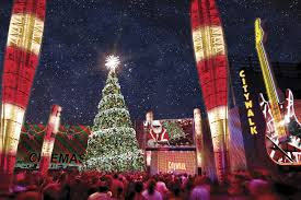 Cheap Christmas Decorations Los Angeles by Guide To The Best Things To Do In The Fall In Los Angeles