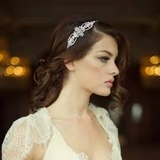 hair accessories for brides 20 stunning bridal hair accessories for 2017 brides weddingsonline