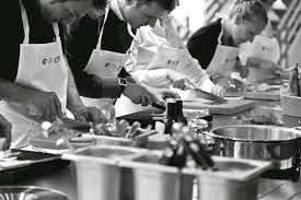 cours de cuisine drome ardeche idee week end sejour gastronomie et vin drome des collines
