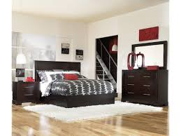 legacy classic forum queen size contemporary platform bed with shown with nightstand bureau and mirror bed shown may not represent size indicated