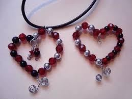 heart bead necklace images How to make a beaded heart pendant valentine jewelry jpg