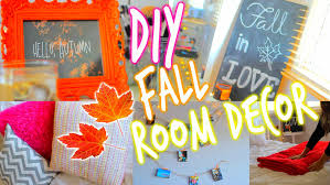 How To Decorate Your House For Fall - makeover your room for fall diy room decorations youtube