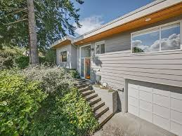 mid century style home in queen anne neighb vrbo
