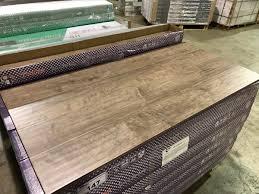 Hand Scraped Laminate Flooring Pallet Of Toucan Tf3204p Hand Scraped Laminate Flooring