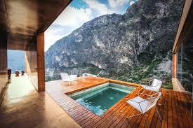 15 breathtaking private swimming pool designs for backyard