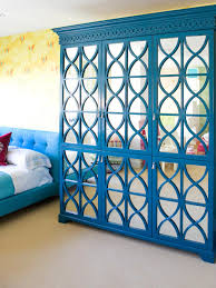 how to spray paint blue ombre baskets easy crafts and homemade