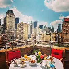 Top 10 Rooftop Bars New York New York City Abounds With Cool Rooftop Bars Photo Courtesy Of