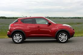 nissan juke nissan juke estate 2010 features equipment and accessories
