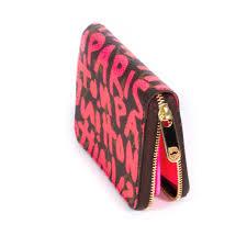 shop authentic louis vuitton graffiti zippy wallet at re vogue for