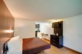 Pet Friendly Hotels With Kitchens by Americas Best Value Inn Heath Ohio Oh Hotels Motels Accommodations