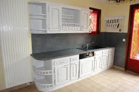 cuisine uip rustique rnover une cuisine en bois verrire sur mesure dans une cuisine