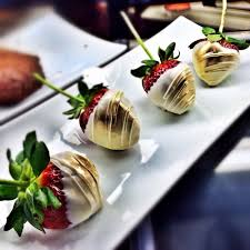 where to buy white chocolate covered strawberries white chocolate and gold covered strawberries for s day