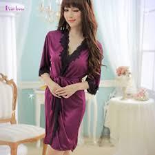 robe de chambre en satin pour femme femme en robe de chambre fabulous japonais en soie robes femmes