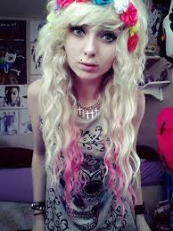 emo hairstyles for really curly hair scene girl buscar con google hair pinterest blonde scene