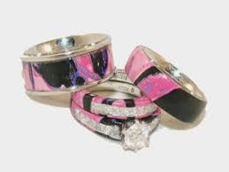 camo wedding bands his and hers camo wedding ring sets his and hers cool wedding bands camo