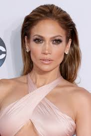 jlo hairstyle 2015 jennifer lopez goes short see her new hair