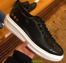 Louis Vuitton Si Louis Vuitton Beverly Sneaker Glazed Calf Leather Gold