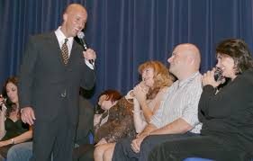 hypnotist for hire how to hire corporate entertainment for your special event