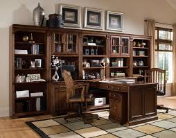 Traditional Office Desks Lizell Office Furniture Desks Traditional