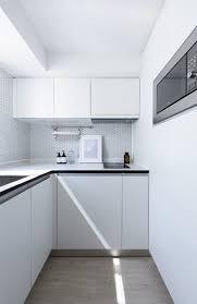 white kitchen cabinets with vinyl plank flooring best 29 modern kitchen white cabinets vinyl floors design