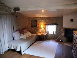 chambre d hote charme drome chambres d hôtes le clos de l ambre chambres divajeu drôme provençale