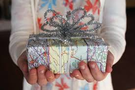 of thrones wrapping paper 25 diy wrapping paper ideas for gifts beautiful to tear open