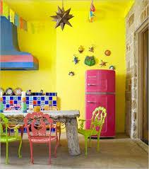 cuisine coloree la psychologie des couleurs dans une cuisine colorée