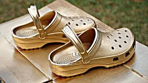 Spray Paint Your Shoes - how to paint your crocs gold youtube