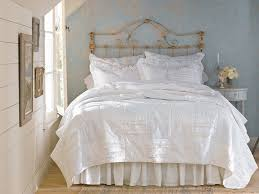 Shabby Chic Bedroom Images by 20 Shabby Chic Bedroom Ideas