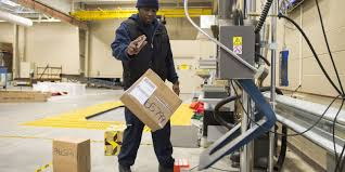 fedex thanksgiving focus is on boxes as fedex marks cyber monday peak