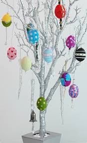 easter egg tree crafty and easter egg tree