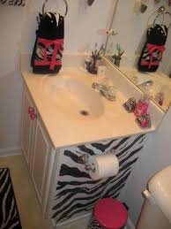 zebra bathroom ideas 5 zebra print bathroom decorating ideas