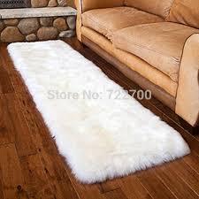 Faux White Sheepskin Rug Best 25 White Sheepskin Rug Ideas On Pinterest Fluffy White