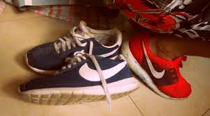 Montana best travel shoes images Five reasons the roshe run is the best sneaker to travel in cest jpg